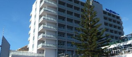 We have read reports of gastric illness at the MedPlaya Hotel Riviera